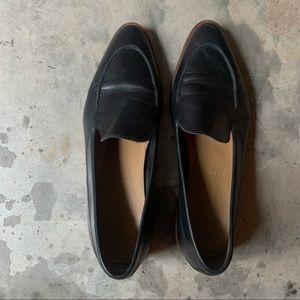 Everlane leather almond toe loafers. Black. 9.5